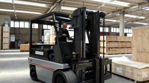 News - Nissan forklift by LCE Bologna